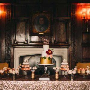 luxe-gold-wedding-dessert-table-ideas-1