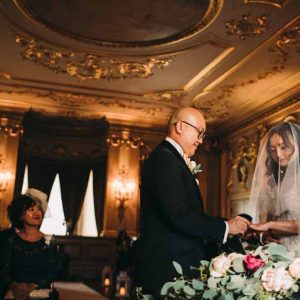 wedding-ceremony-table-flowers-luxe-floral-gardlands-deep-pink-blush-pink-peach-roses-at-knowsley-hall-by-passion-for-flowers-2