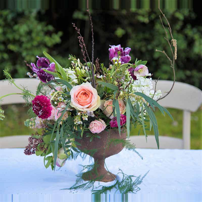 Rustic centrepiece small urn Passion for Flowers