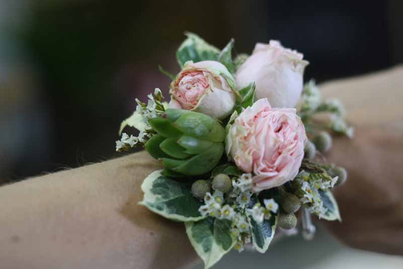 Blush pink rose bud wrist corsages Passion for Flowers flower class (2)