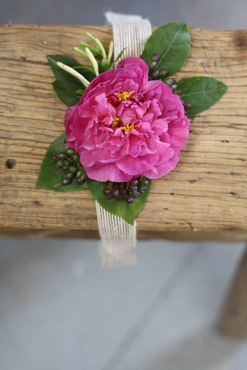 Peony wrist corsages learn how to make these with Passion for Flowers 1-2-1 Wedding Flower Class (5)