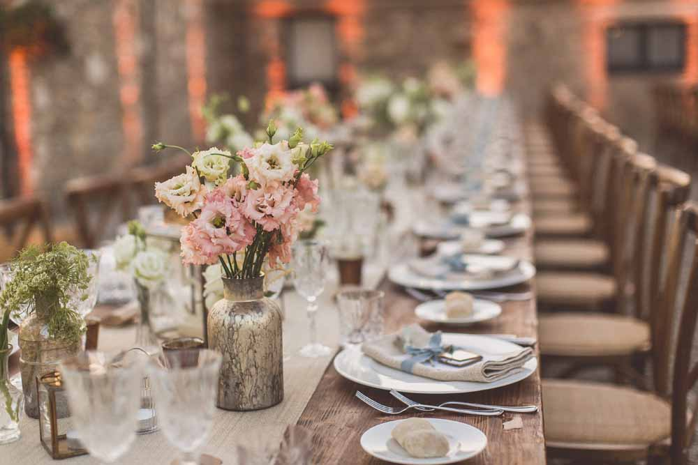 Long wedding table centrepiece Italy Passion for Flowers