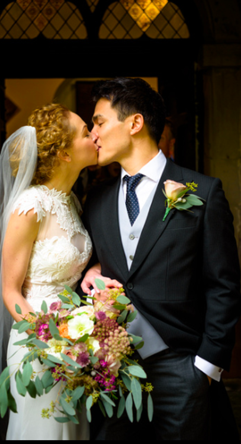 Organic-natural-bridal-boquet-autumn-colour-palette-by-Passion-for-Flowers