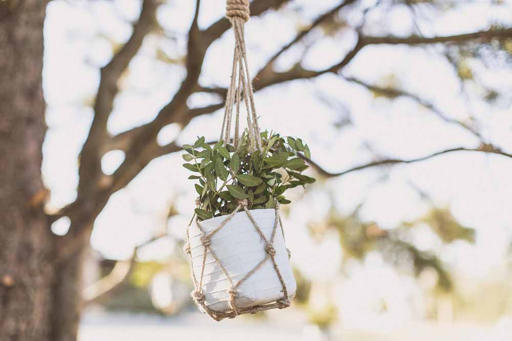 Rustic Hilltop Wedding in Tuscany Hanging Macrame Flowers Passion for Flowers - Locanda In Tuscany