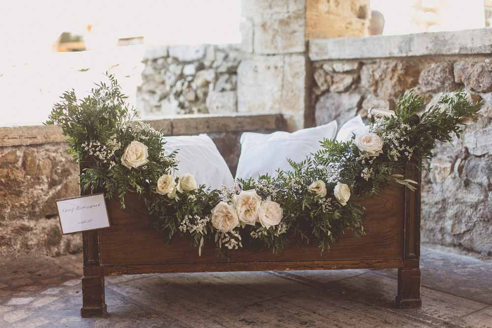 Flower girl cot for wedding ceremony