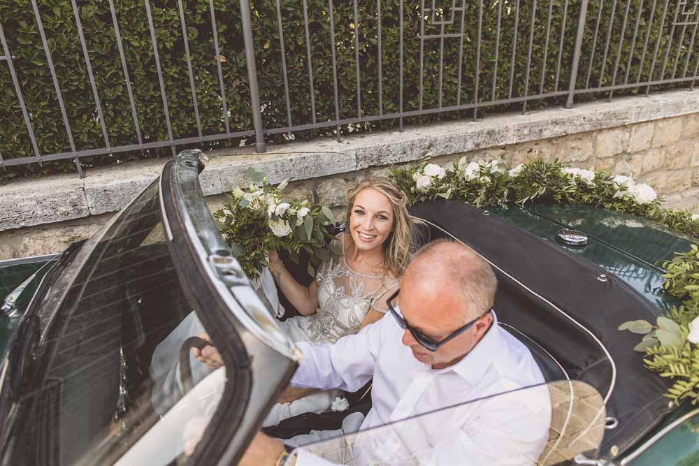 Wedding car floral garland by Passion for Flowers destination wedding Tuscany