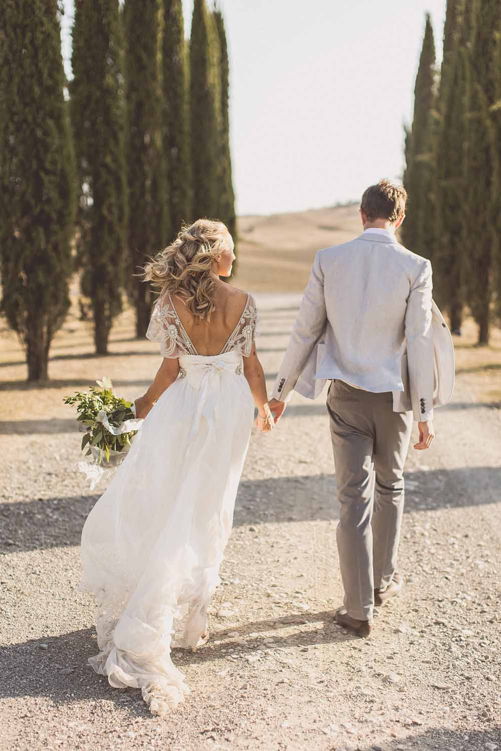 Anna Campbell Adelaide Wedding Gown, Couple portraits Destination wedding Tuscany, Cypress Trees
