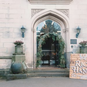 Hampton Manor wedding entrance archway large wooden welcome signs