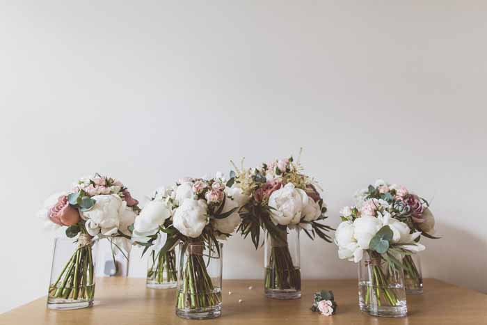 Wedding bouquets cream and dusky pink Passion for Flowers