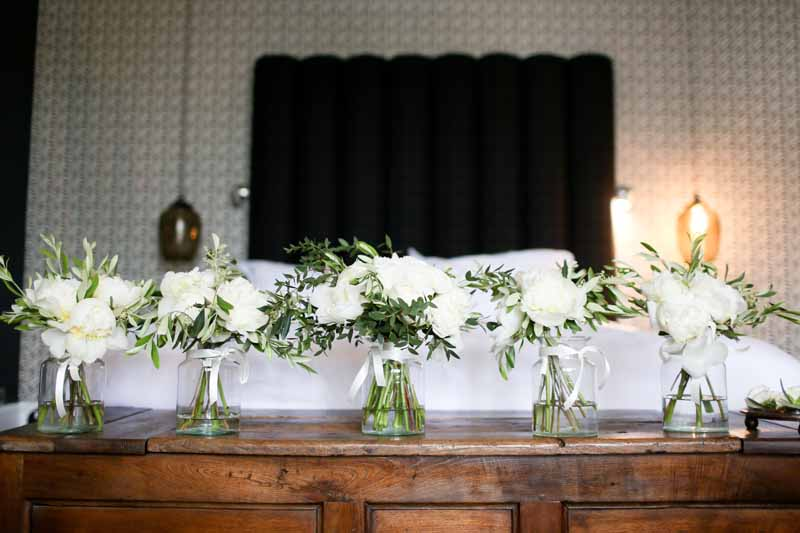 Elegant wedding bouquets white green Hamptpn Manor by Passion for Flowers
