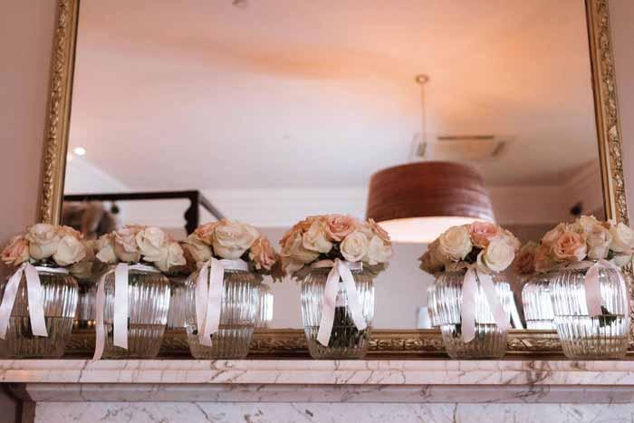 Winter wedding flowers Hampton Manor1