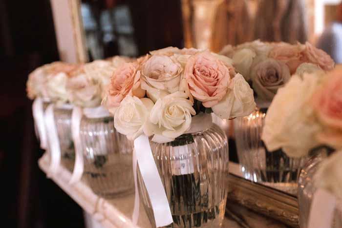 Winter wedding flowers Hampton Manor2