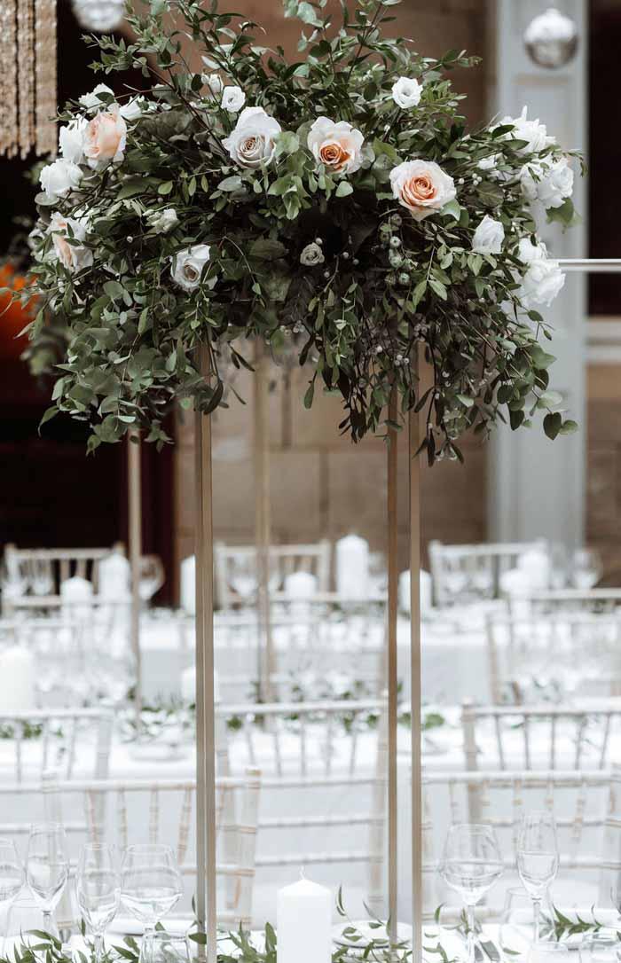Winter wedding flowers Hampton Manor21