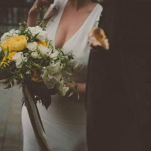 micro wedding covid yellow flowers passion for flowers 5